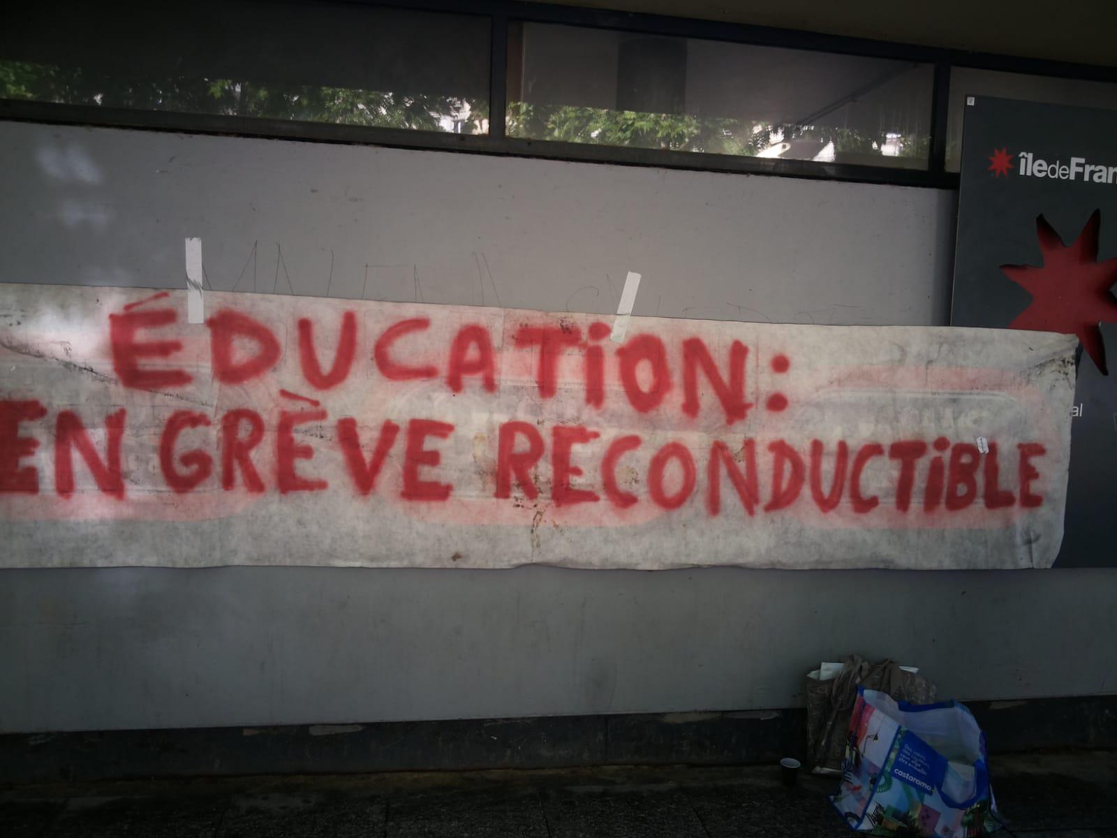 grève du bac #bloquonsblanquer école confiance #bacblock