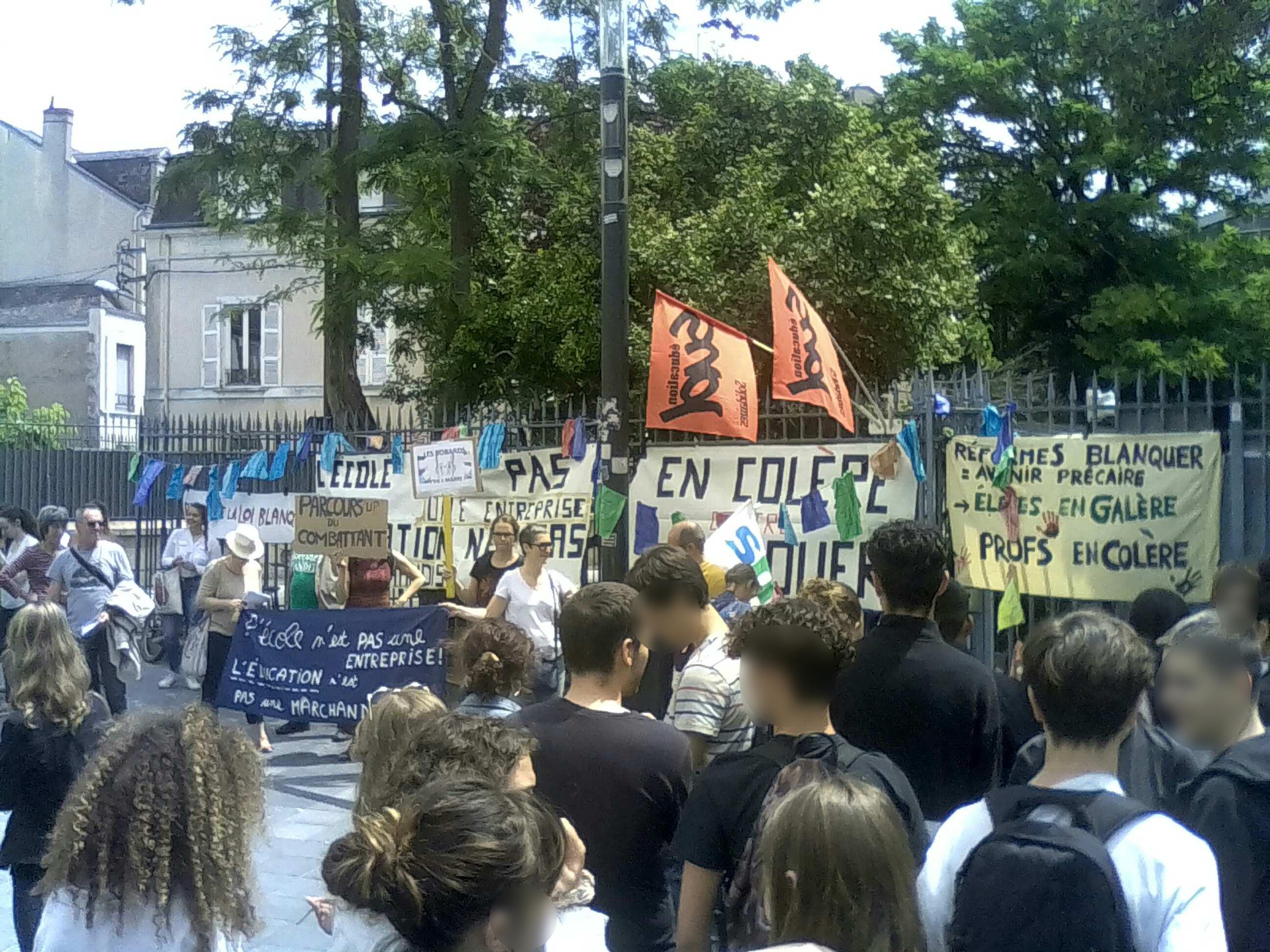 grève du bac #bloquonsblanquer école confiance